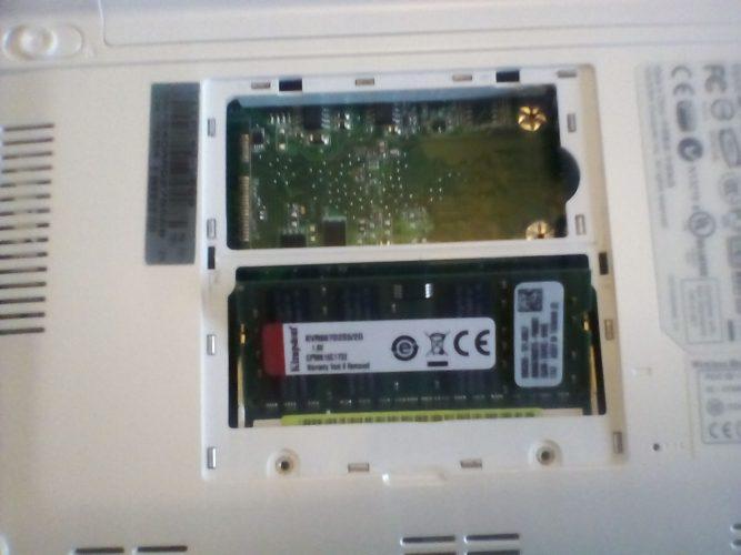 Upgraden Eee PC 701 - Geheugenuitbreiding